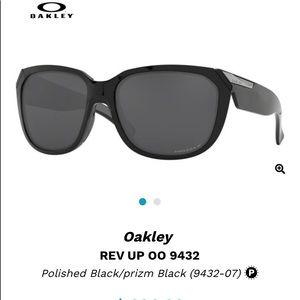 Authentic Oakley RevUp
